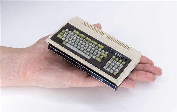 日本首台PC机PC-8001复刻迷你机发售,内置16款远古游戏