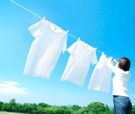新衣服要不要洗洗再穿?服装店老板透露:以后别再做错了!