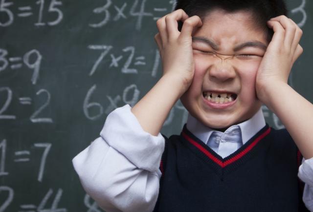 """好孩子天生就自觉?不""""逼""""孩子,他们怎能优秀,聪明家长要狠心"""