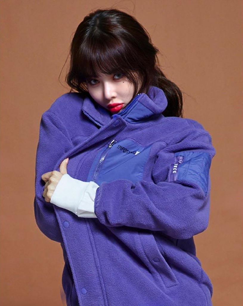 金泫雅代言时尚品牌画报,蓝眼睛的小野马好漂亮啊!