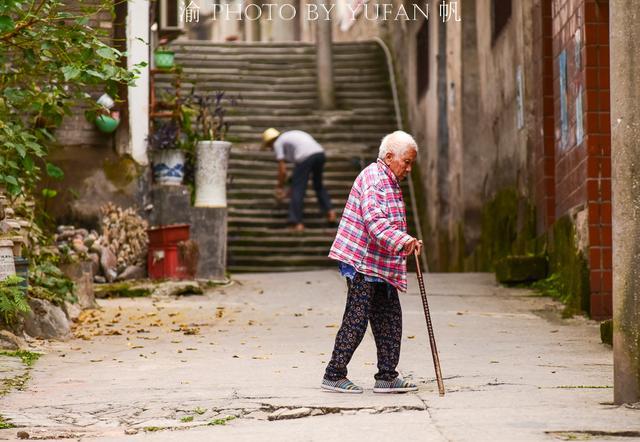 重庆不只有洪崖洞和来福士,拥有众多名人故居的木洞老街也值得逛逛