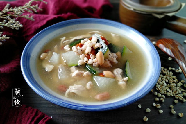 九九重阳,记得喝此汤,健脾祛湿味道好,温补养胃暖手脚,尤其女性要多喝