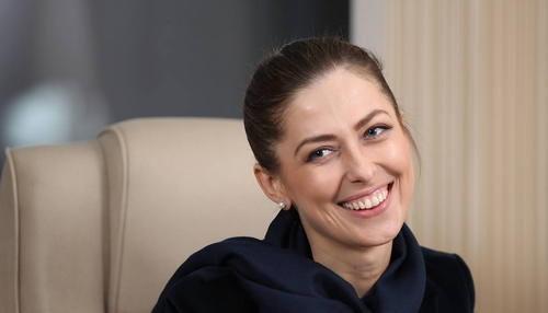 女记者在宾馆内被捕后,俄向伊朗发出最后通牒:再不放人后果严重