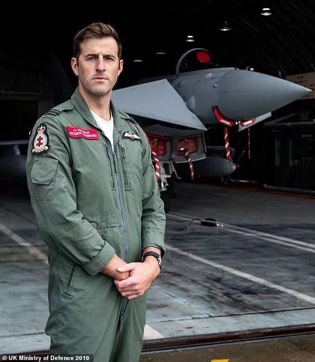 民航新闻丨维珍公司用波音747发射卫星,英国皇家空军王牌飞行员入选驾机