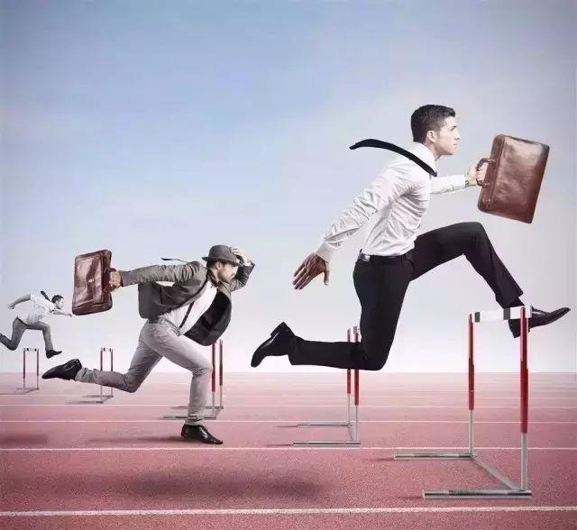 领导用人:第三位是能力,第二位是态度,第一位是...