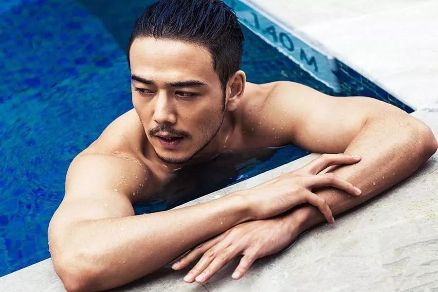 当众卖肉,吓哭刘涛,一身肌肉也拯救不了他中年油腻。
