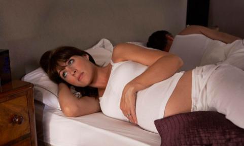 """孕晚期,如果孕妈少做""""3件事"""",可能让""""脐带绕颈""""远离宝宝"""