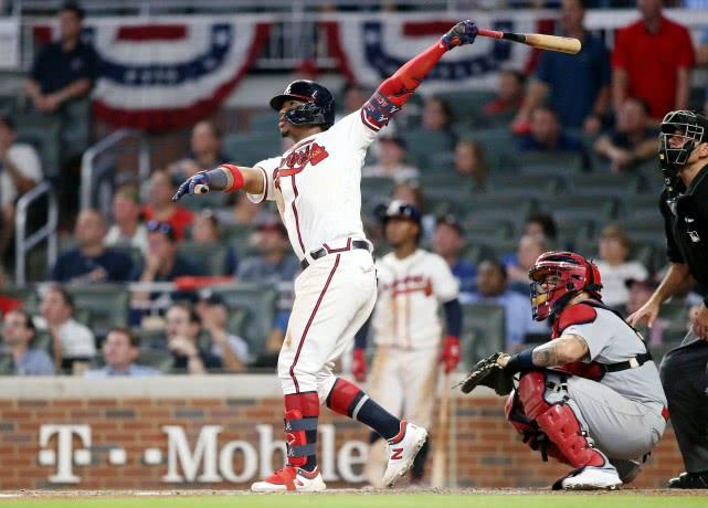 MLB勇士小将阿库尼亚为消极跑垒道歉:今后比赛不会再犯