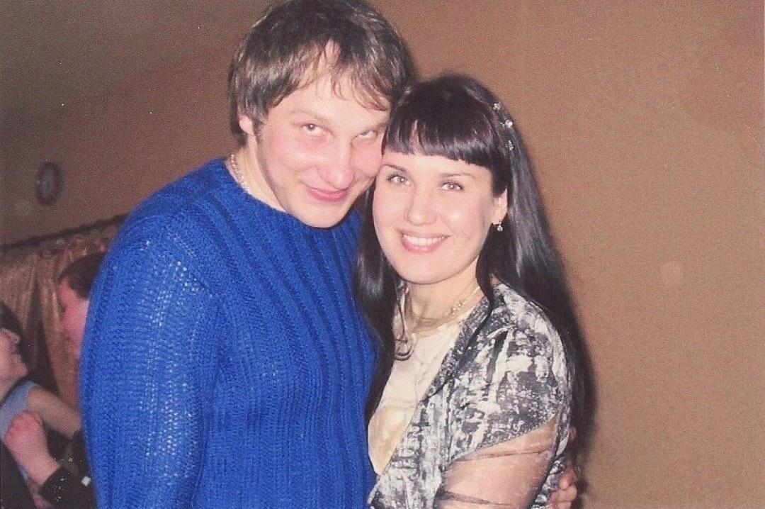 结婚10年:直到特警部队破门而入,妻子才得知丈夫的真实身份