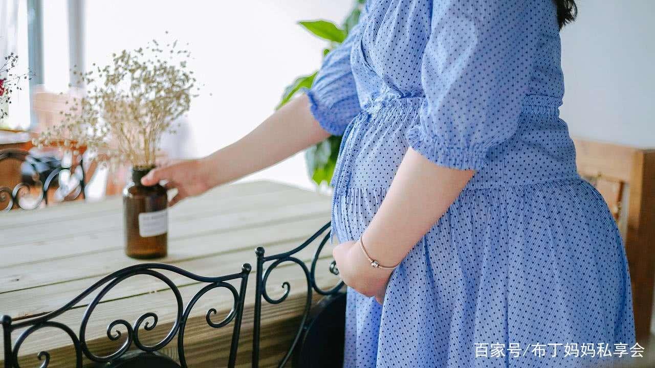 宫缩是分娩的前兆,孕妇日常需要多注意,避免预产期未到宫缩提前