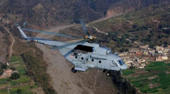 跪服!印度导弹击落自家飞机,空军司令公开承认,网友:别说,还挺准