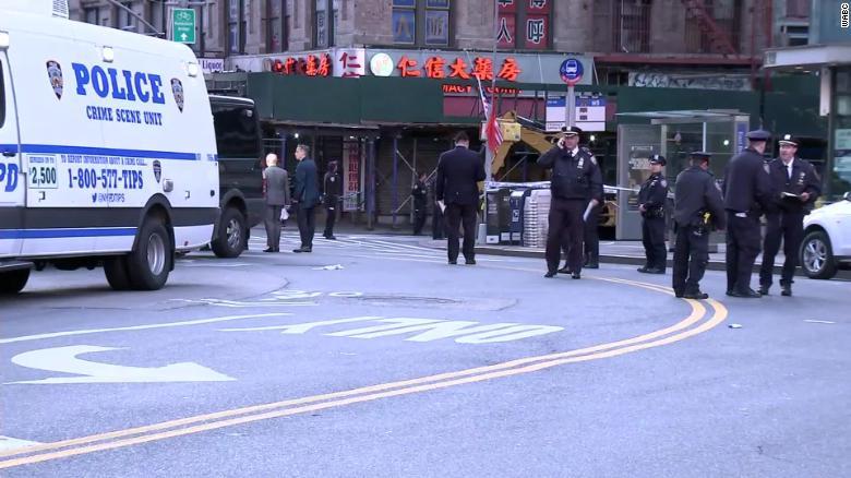 纽约唐人街4名流浪汉睡觉时被打死,1人重伤