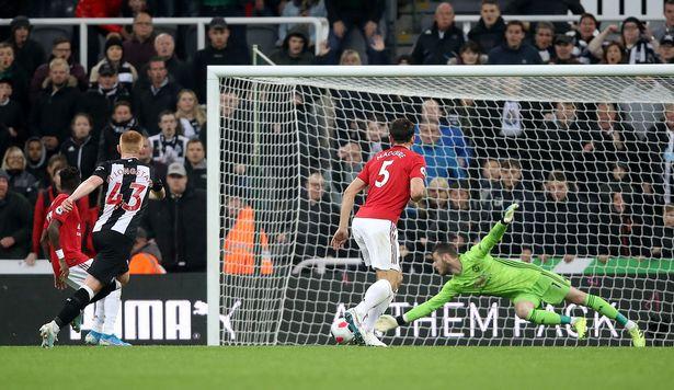 原创             索帅承认曼联踢得差,炮轰球员散漫失误!称下轮打利物浦是完美比赛