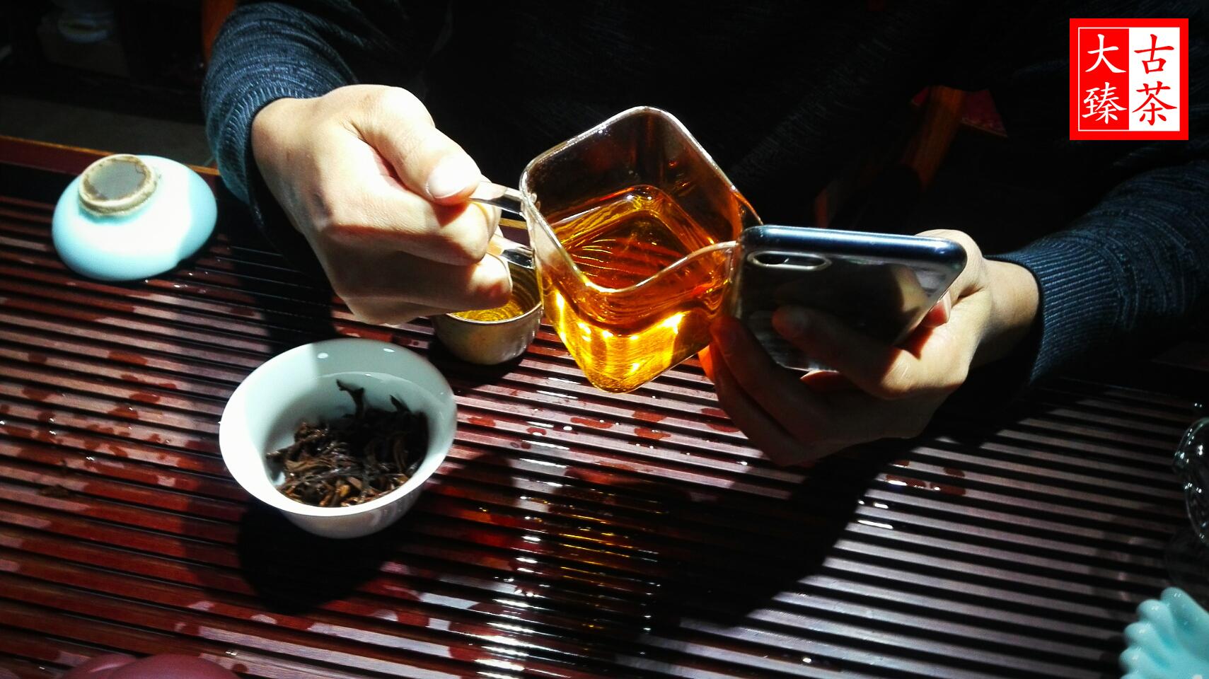 顺其自然.选购普洱茶时的年份问题【大臻普洱茶堂18】_普洱茶年份