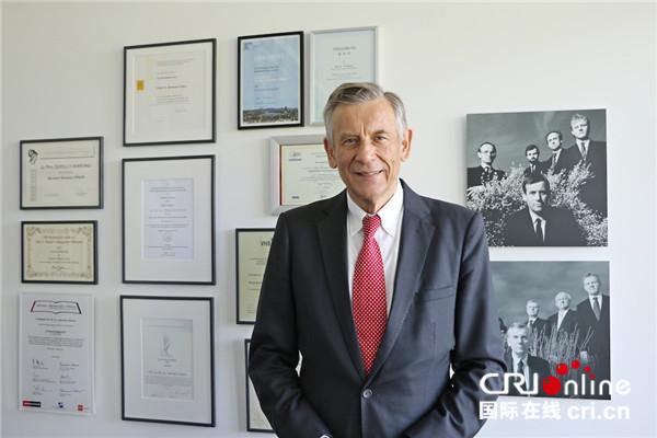 """""""隐形冠军""""之父:我国的中小企业正向着更具竞争力、愈加国际化的方针飞速发展"""