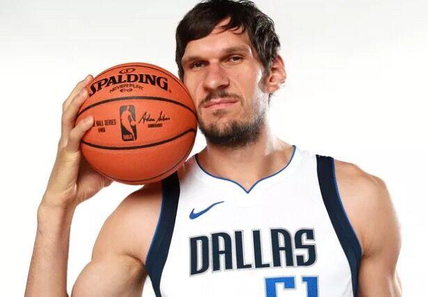 进击的巨人!NBA效率之王丰富武器库,新赛季助双子星一飞冲天!_博班莫