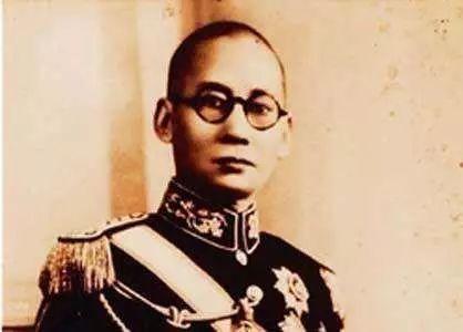 <b>他是一个死后葬在八宝山的民国大军阀,做两件事无愧为民族英雄</b>
