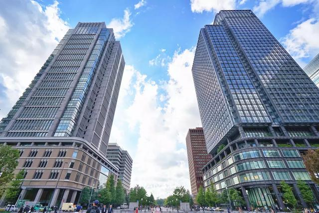 原创             被游客忽略的东京最美建筑,每天人来人往,日本人流量最大的地方