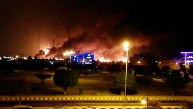 也门连续空袭沙特,爱国者系统咋再次沉默了?这回S400落户有望了