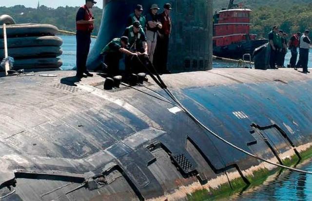 弗吉尼亚级核潜艇消声瓦大面积脱落,美国海军索赔1亿美元