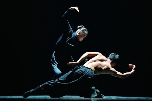 <b>全国青年舞蹈明星舞动长沙</b>
