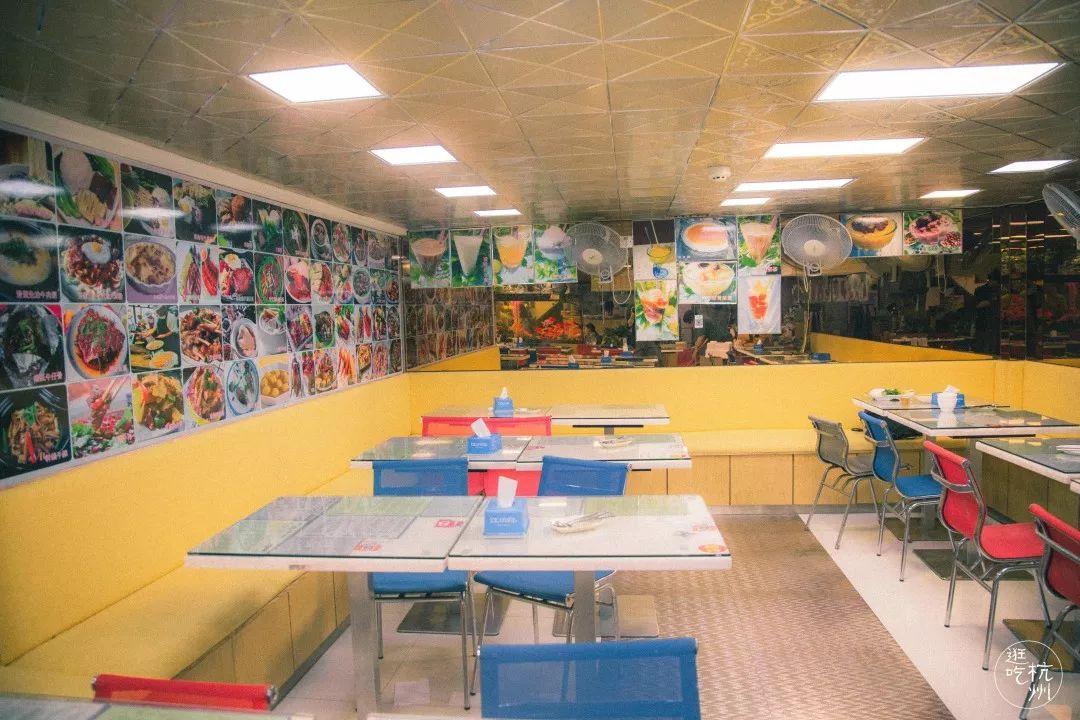 开在下沙的这家茶餐厅,正宗香港口味,开了20年!学生们带着孩子回来吃