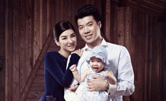 黄毅清 [黄奕最新采访谈前夫黄毅清:女儿碰上这样的家庭,我不能隐瞒