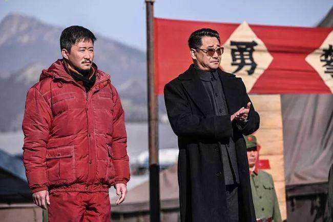 《我和我的祖国》《中国机长》票房过20亿 《攀登者》为何落后了