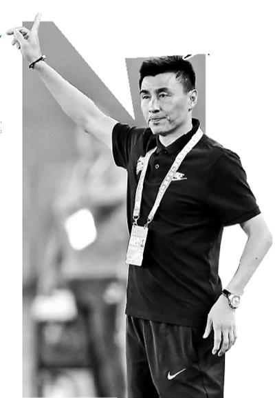 李玮锋未获教练证不会公开执教 直言有责任去承担重任