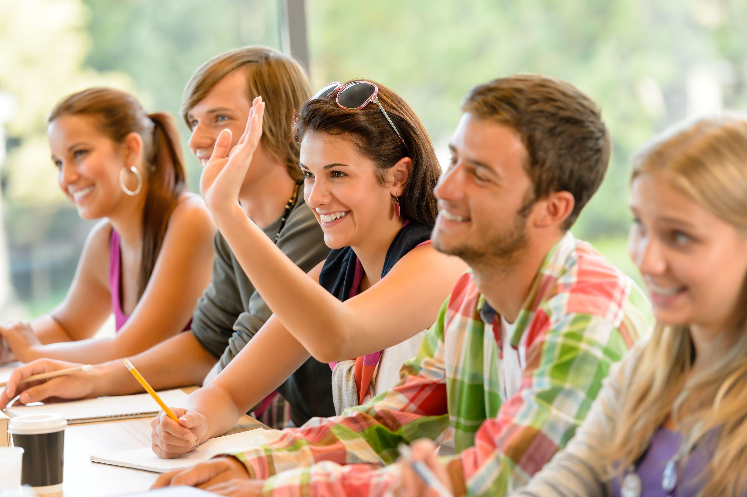 天道教育青岛分公司小编介绍:加拿大文科留学|四大类型&6个热门专业