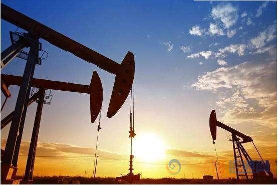 英国环球国际期货:供需忧虑难抵经济前景低迷!油价跌势难改,后市恐失守50大关