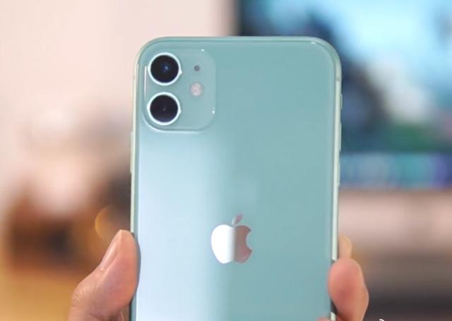 """一波未平一波又起!iPhone6S/6SPlus陷入""""大面积停电"""""""
