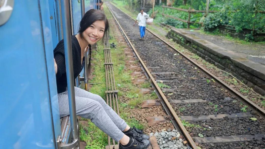 原创             有着世界最美火车线路的这个岛国签证也免费了