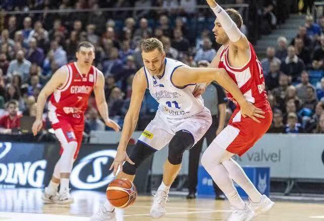 <b>NBA已经有了替代品,欧洲篮球才更加适合中国篮球的发展</b>