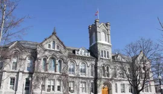 为什么选择加拿大医博类大学?这些知名院校你要了解……