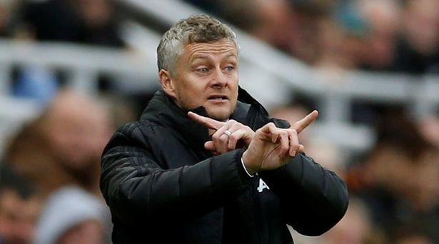 原创             索帅来曼联一年像老了10岁!怒斥球员害他下课,输利物浦恐遭解雇