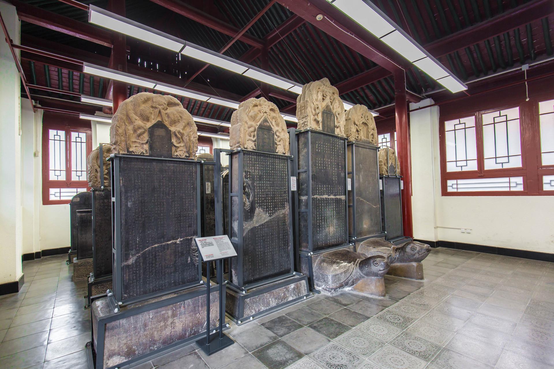 原创             西安最具文化的景区,收藏我国最多的碑文,国宝级文物100多件