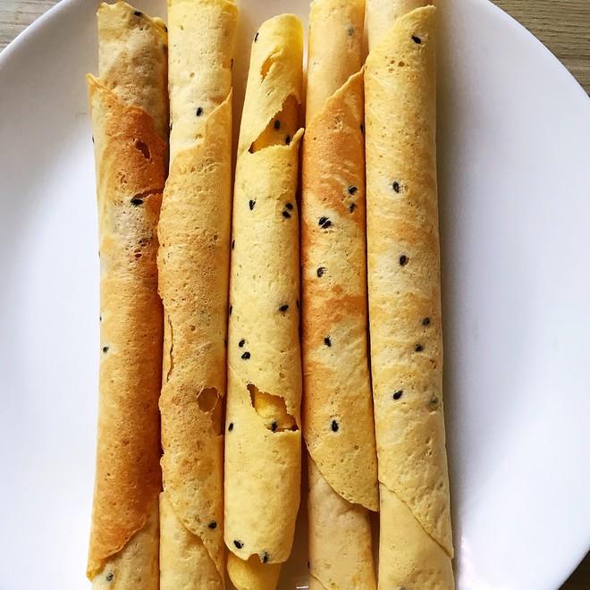 香酥鸡蛋卷怎么做 简单易做,酥脆可口的香酥鸡蛋卷,大人小孩都爱吃