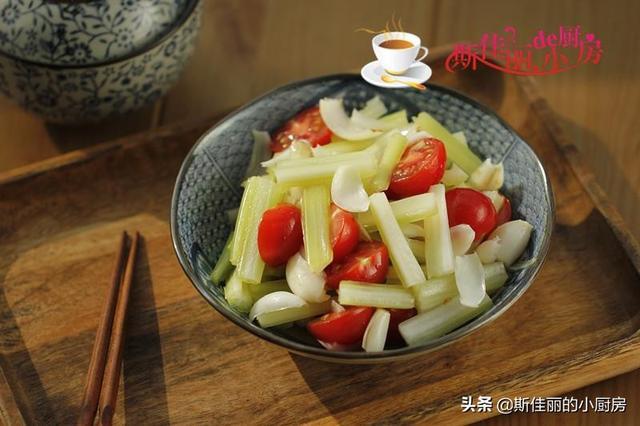 秋季要多食此菜,每天吃一点润肺安神,排毒素口臭没了,越吃越瘦 人食