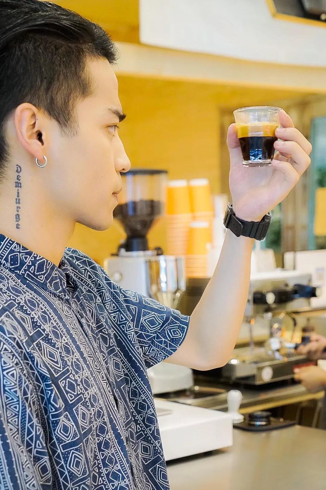 襄阳南路两家超高人气小店联手开新店,一次集齐好吃好喝!
