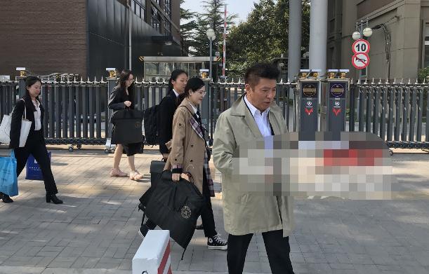 唐德起诉高云翔案今日开庭 高云翔被起诉索赔6000万该不该赔?