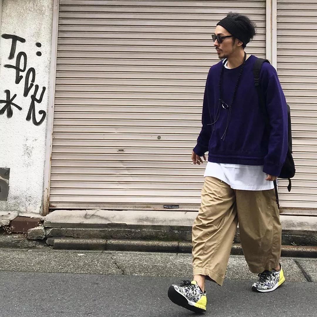 矮、秃、黑、脸大…这4个日本丑男教你怎样靠穿衣立即变帅