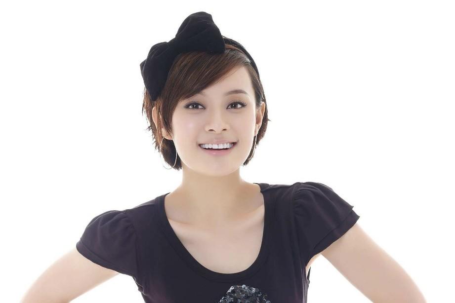中国机长 中毕男原定她演非袁泉,网友 人气高但不适合大银幕