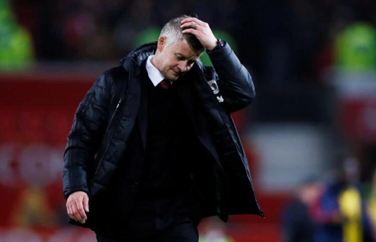 原创             曼联认为对利物浦输定了,索帅负诺维奇才下课!解雇他只需700万
