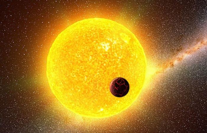 科学家曾经做过测验,就发现宇宙中的最高温竟然能够突破百万亿度,当然不只是太阳一颗恒星能够达到的高温,包括在我们的地心深处,也存在着一些炙热燃烧着的熔浆,温度之高也不输给太阳,但是宇宙中能够达到的低温,却有一个局限的数值,一直