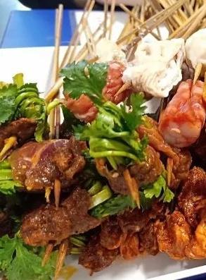 吃遍大连丨麻辣而又热烈,数签签,才算得上吃串串的仪式感~