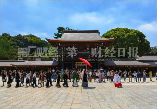 """从""""买买买""""到深体验:中国游客换套路,日本出招""""宠客"""""""
