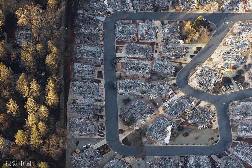 为防山火加州80万人将被断电 居民:怎么不修修基建?
