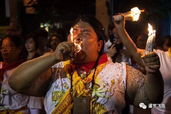 原创             泰国曼谷印度教九夜节,街头狂欢庆典,与众神和妖魔共舞