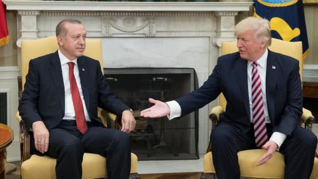 美国接连对土耳其认怂,到底出于何种战略考量?_武装